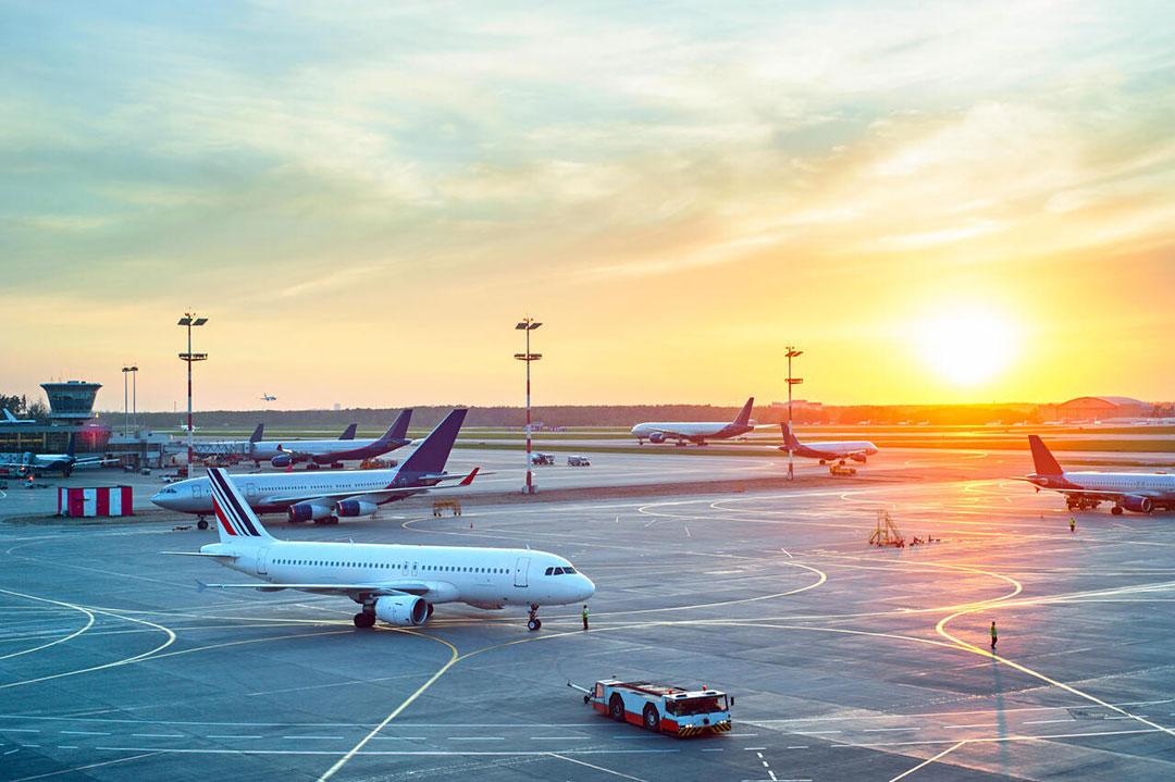 ทำไมหลายสนามบินจึงหันมาใช้ไมโครกริดเพื่อสร้างความยั่งยืน